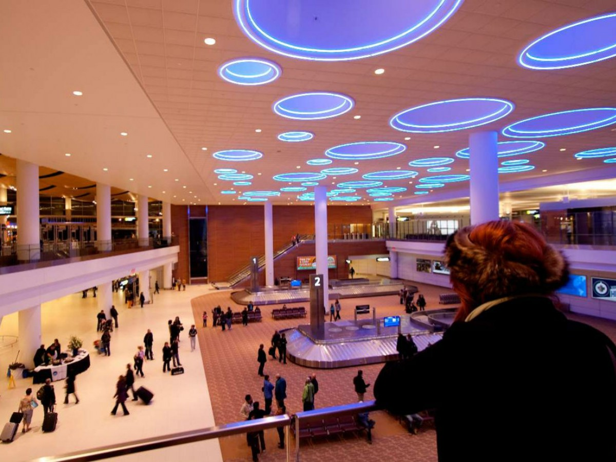 Eat, Stay and Shop at Winnipeg's Airport - Winnipeg's airport provides you with a stylish first impression on your arrival (Kevin Legge)
